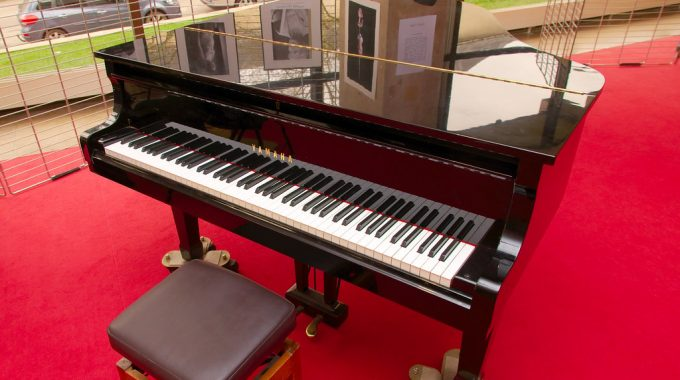 What Is a Digital Piano – A Comprehensive Study of 3 Pianos