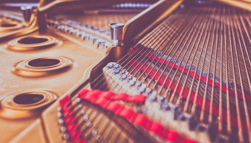 How Many Strings Does A Piano Have – How Many are They